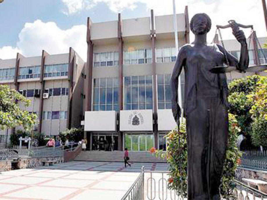 Corte Suprema reconoce a maestras(os) su derecho a jubilación digna con la ley de INPREMA 1980