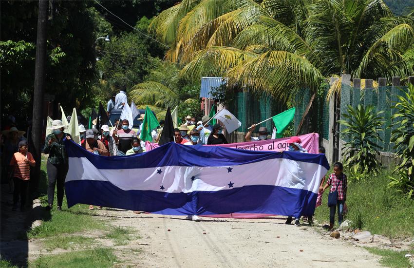 Bicentenario de supuesta independencia, nada que celebrar en el pueblo hondureño.